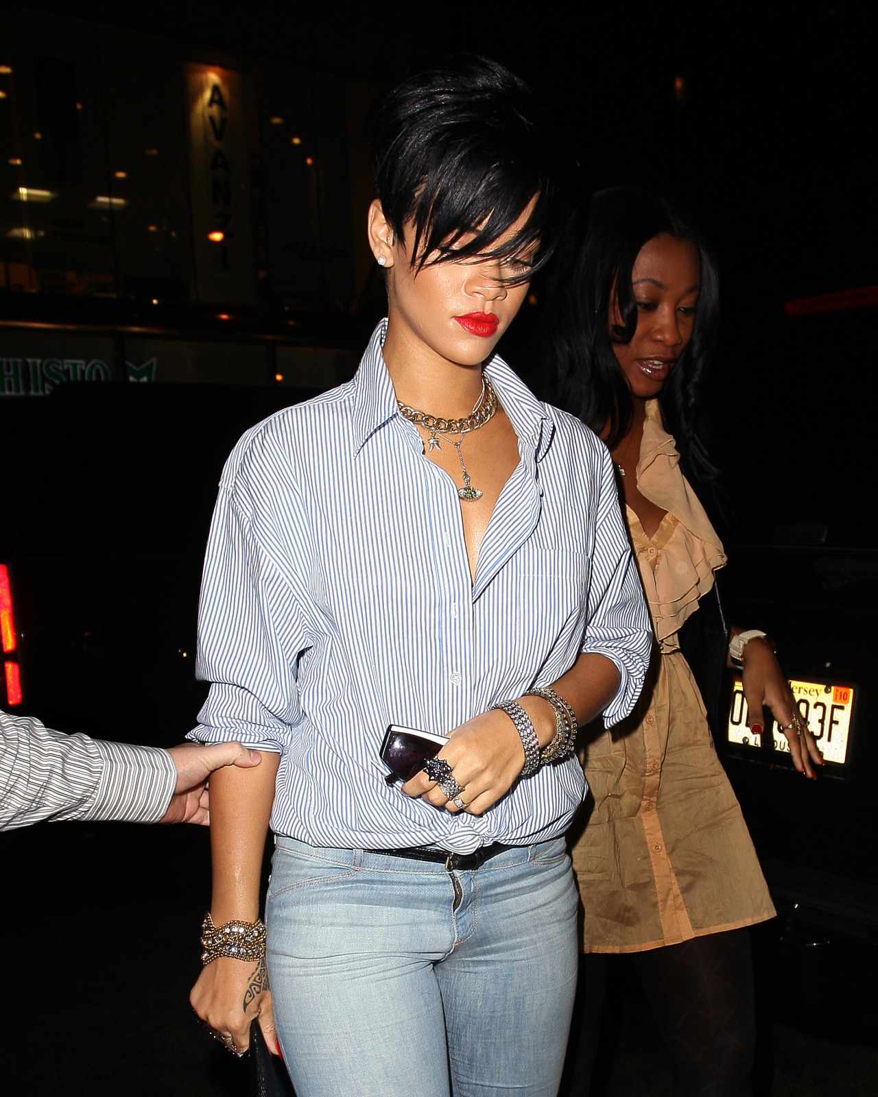 Rihanna Teams With Style Network For Fas Naver